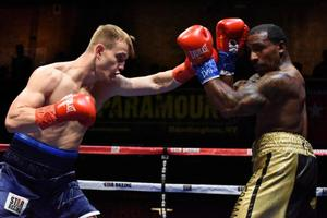 Dunn Edges Out Findley Over 10 Rounds