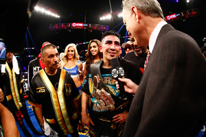 Santa Cruz And Frampton Collide In Unification Battle