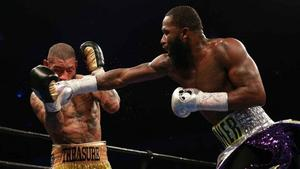 Broner's Fiancee Says He Is Fine After Suicide Scare
