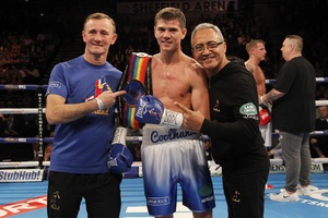 Campbell Lands Commonwealth Title With Destructive Stoppage