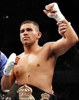 Juan Diaz Stops Fernando Garcia In Texas