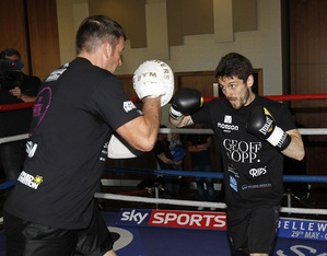 STEPHEN SMITH: I WANT ANOTHER WORLD TITLE SHOT IN 2016