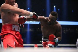 Chisora Signs For Matchroom Boxing
