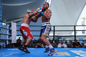 Spence Jr Tames 'The Lion' At Coney Island