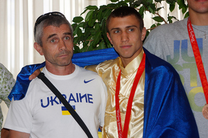 SecondsOut Trainer Of The Year: Anatoly Lomachenko