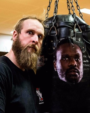 Helenius Ready For Chisora Rematch