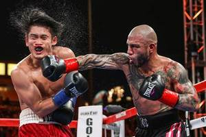 Cotto Claims Another World Title/Vargas Retains WBC Crown Against Rioss