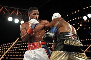 Barrera Out-Points Valera/Gamboa Edges Out Sosa
