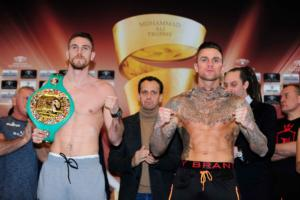 Smith And Holzken Make Weight