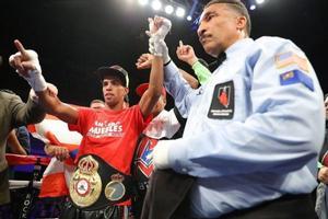 Machado Defends WBA Crown Against Evans