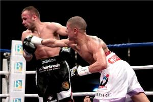 Vazquez Jr Makes Winning Return