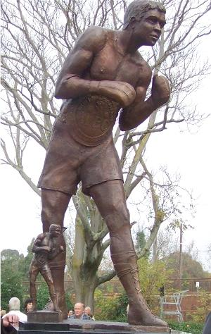 Lionel Rose statue: Colin Mitchell