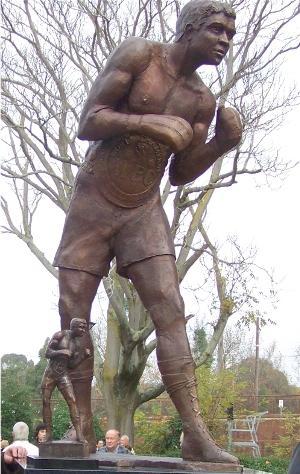Lionel Rose statue: Colin Mitchell
