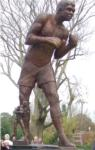 Lionel Rose tribute statue unveiled in Warragul