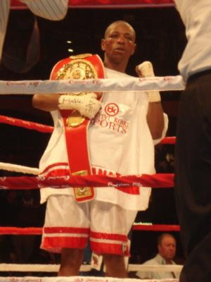 Fana Defeats Sibiya To Claim Vacant Title
